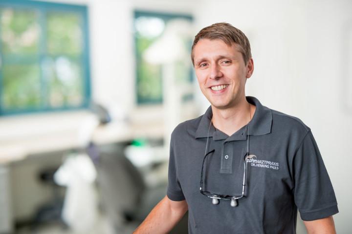Dr. Henning Pauls